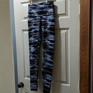 Lululemon Winder Under blue camo long leggings 6